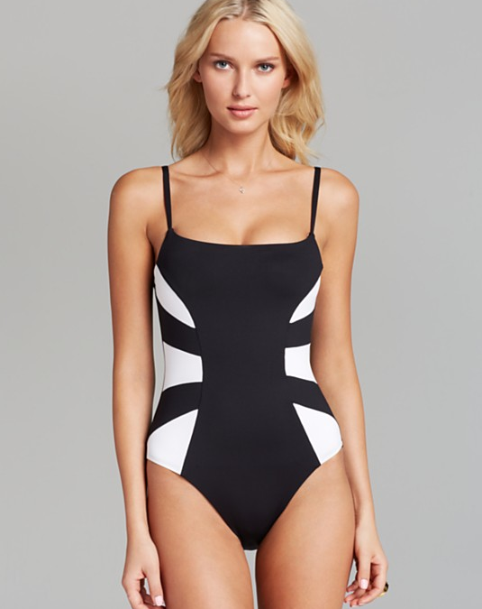 5 Tips To Look Thinner In A Swimsuit