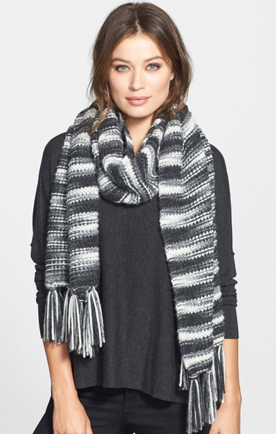 5 Luxurious And Affordable Fall Scarves